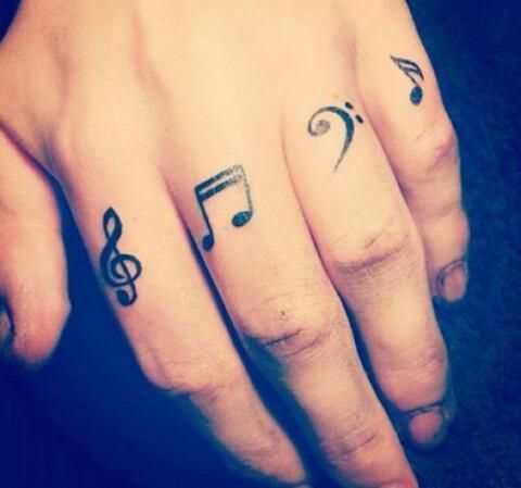 dedos tatuajes17