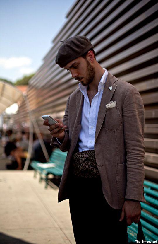 Beret Scarf Belt Pitti Uomo Italian Men s Fashion  c911cb4794f