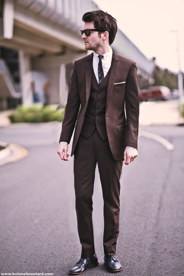 03918846cd53ed Jack London brown MOD Suit – Jack London Grey striped tie – Jack London  sample – clearit White Button up Shirt – Jack London – (Similar) Black Slim  leather ...