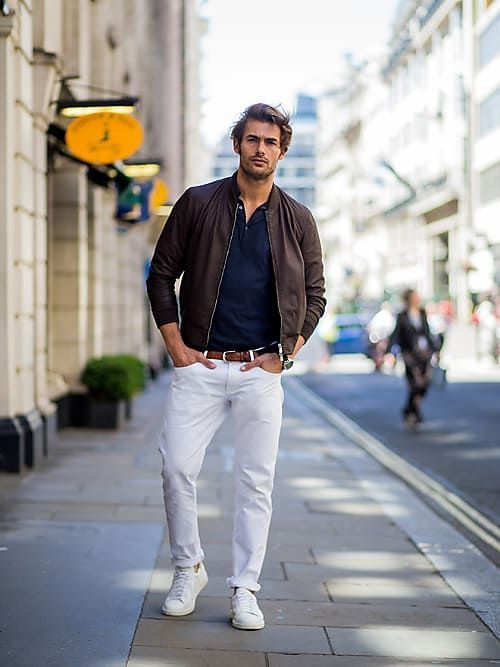 Wie Männer ihre Jeans auch im Büro tragen können   Männer