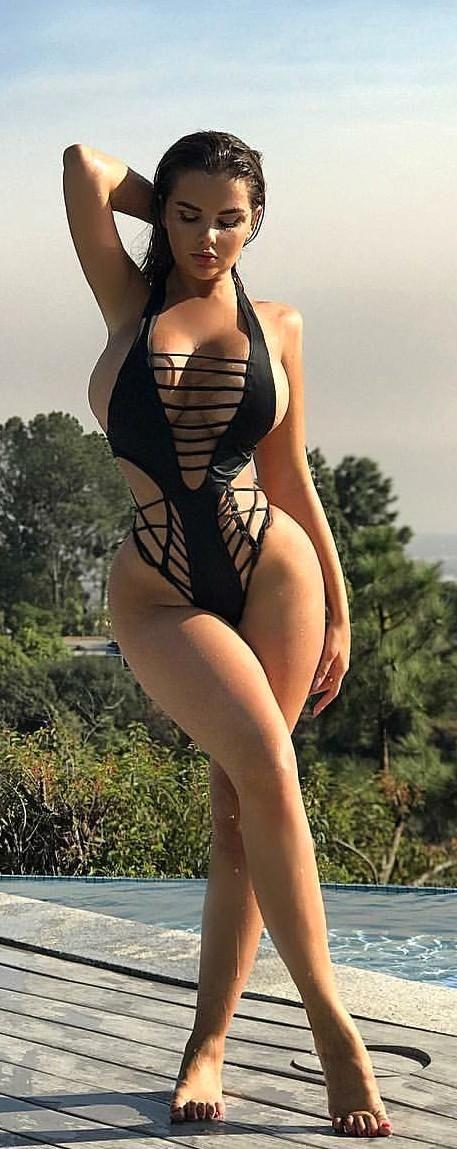 Curvy busty pics