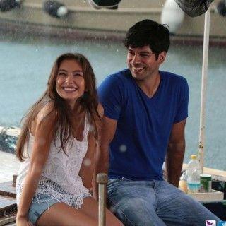 Kara Sevda 1 Bolum Kiyafetleri Kara Sevda Kiyafetleri Dizi Ve Moda Kara Turkish Actors Actors
