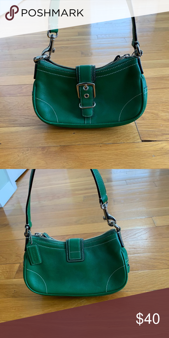 3ac8b6a42f2d Coach purse Small green coach bag never used. Very cute! Coach Bags Mini  Bags #greencoachbag