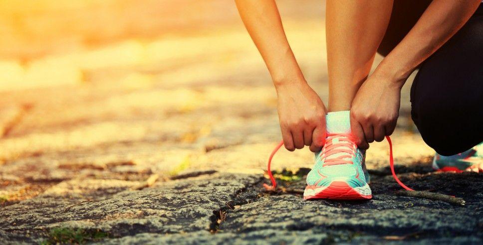 'Dit is Jeanette, ze loopt marathons,' zo introduceert een vriendin me bij haar familie. En een moeder van een vriendin zegt vandaag tegen mijn dochter: 'Ik loop ook hard, maar dat is natuurlijk h…