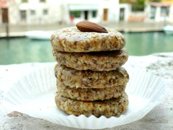 Almond Orange Cookies: Almond Meal, Agave Nectar, Raw Almond Butter, Almond Extract, Orange Zest, Pinch of Celtic Sea Salt,& Raw Whole Almonds.