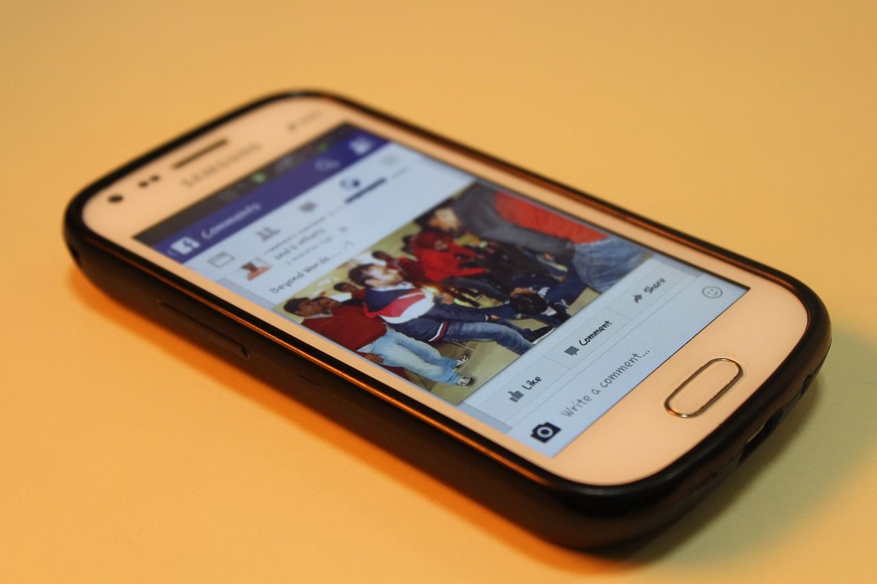 Facebook challenges developers in the Middle East and