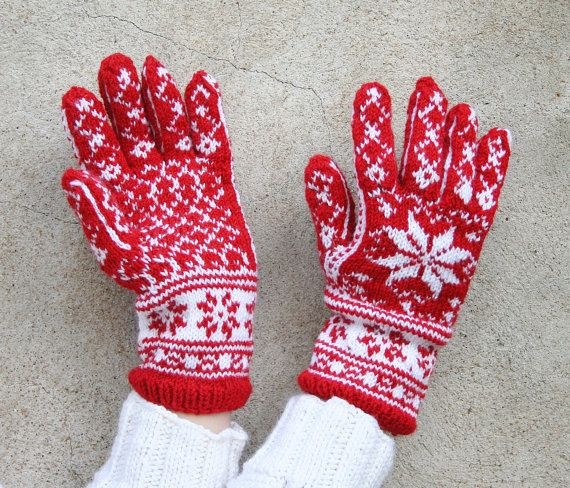 Hand knit gloves: Handmade wool gloves Patterned by MyKnitStudio ...