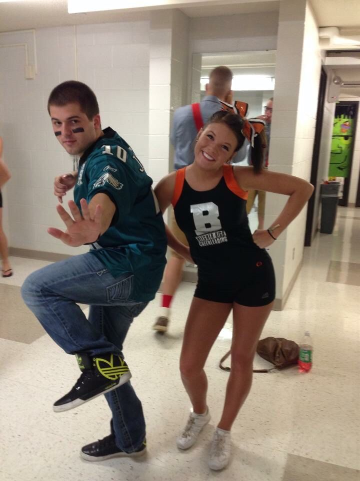 cheerleader football player couple halloween costume - Girls Football Halloween Costume