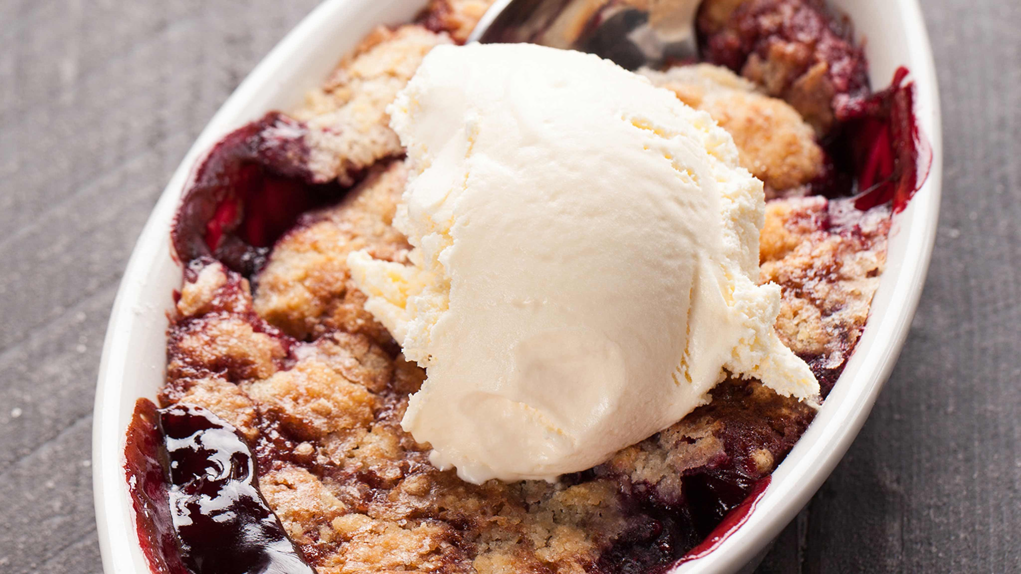 Berry cobbler recipe berry cobbler recipes mixed