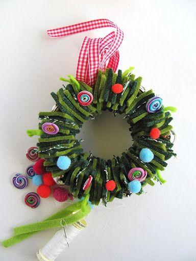 Felt squares Christmas wreath