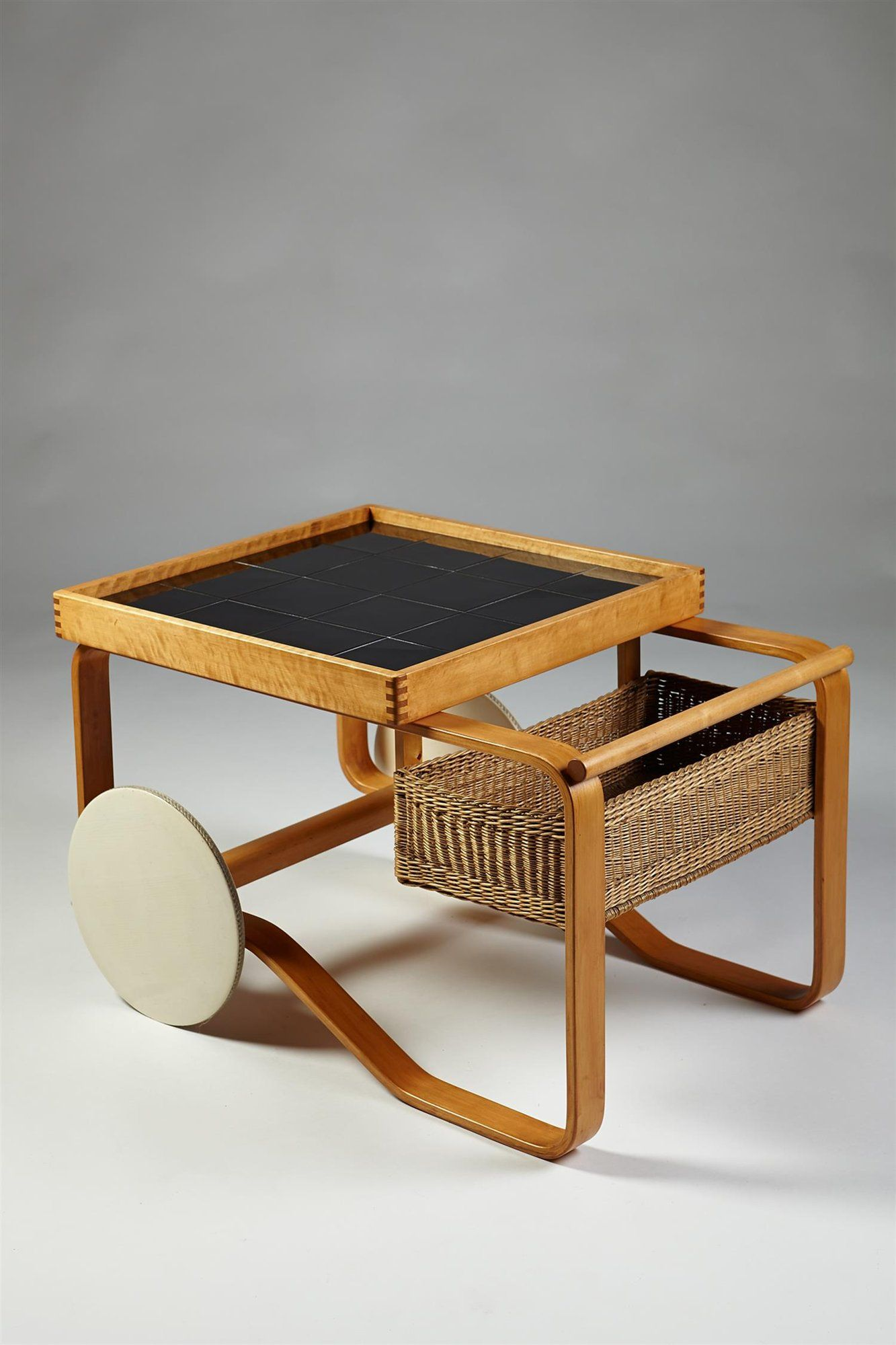 Tea trolley model 900, designed by Alvar Aalto for Artek, Finland ...