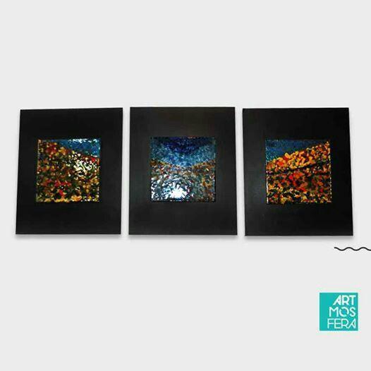 El vidrio y la madera se combinan en este colorido trio de cuadros, una pieza única de la artista Tania C. // Glass and wood combine in this colorful threesome pictures, a single piece by artist Tania C #masterpiece #color #cuadro #decor #lovearts #artmosfera