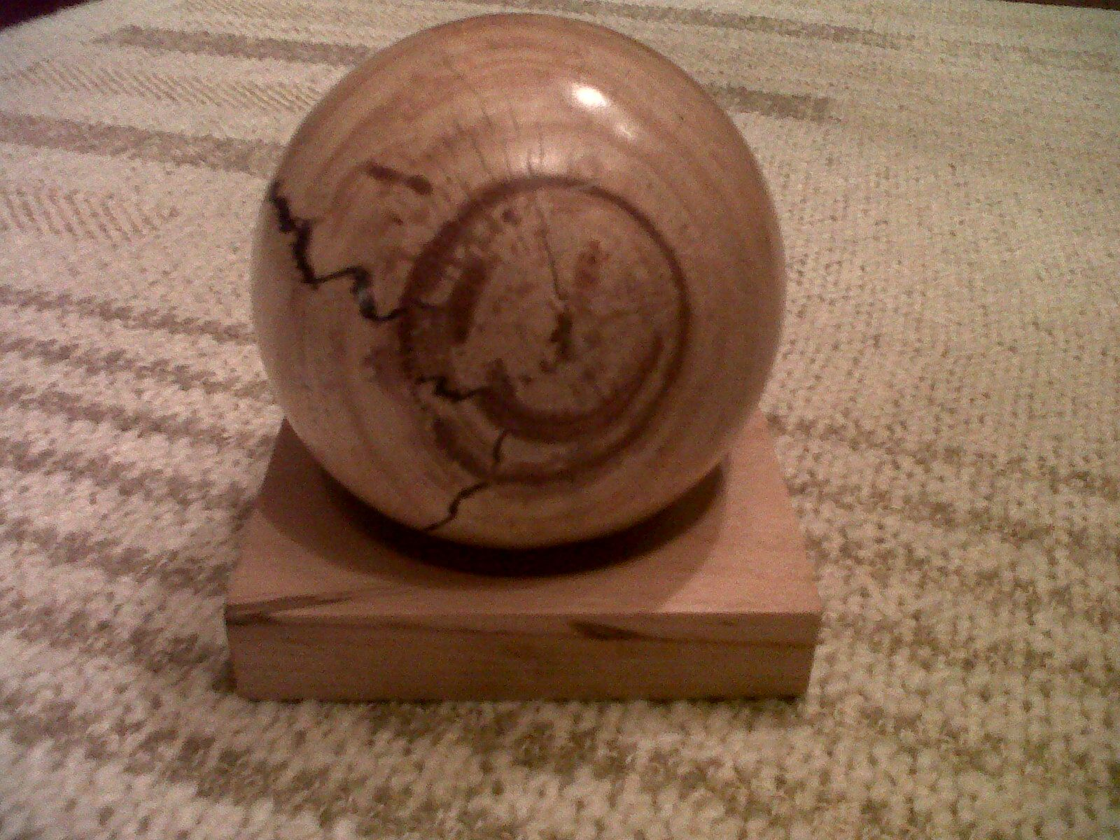 Bal met smiley, beuken, 10 cm, afgewerkt met Shellawax