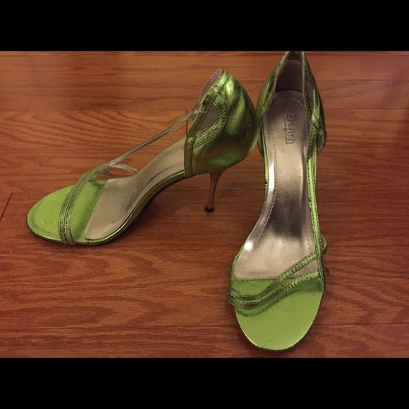 Green sandles Never worn them. They have been on the bottom of my closet Shoes Heels