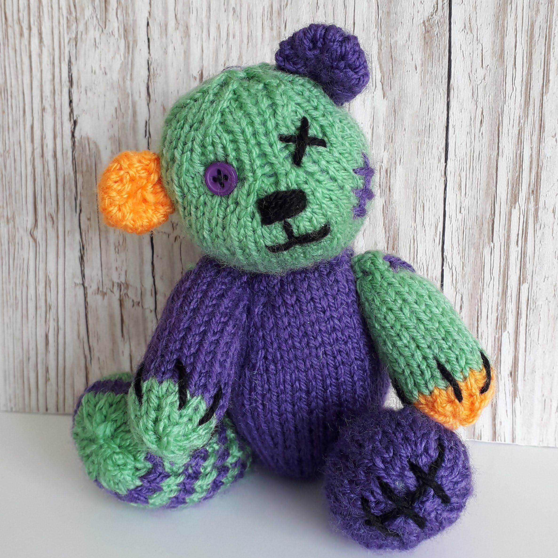 Frankenstein's | Gift knitting patterns, Halloween doll ...