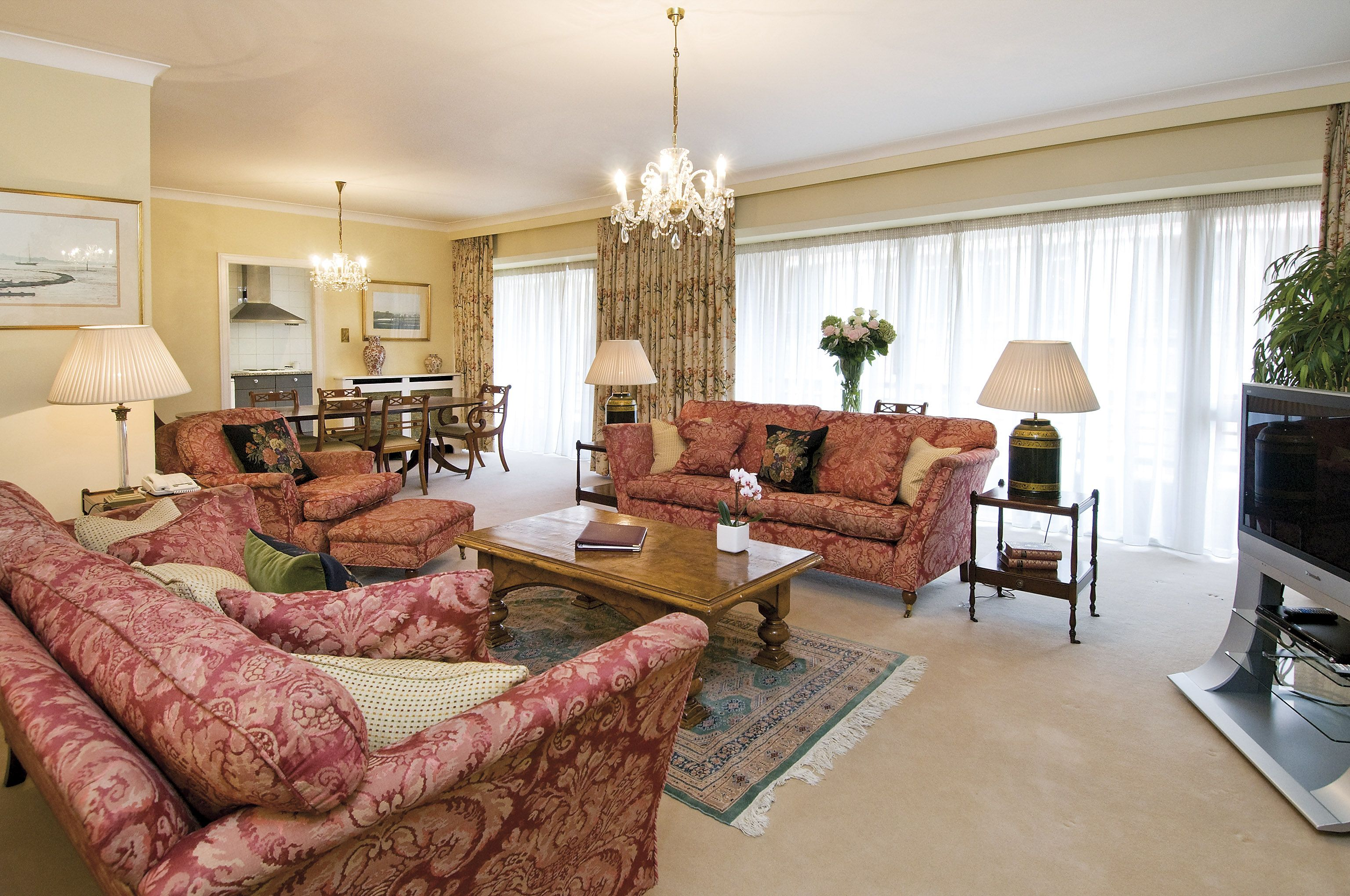 Hyde Park Residence - Luxury London Apartments. For more ...