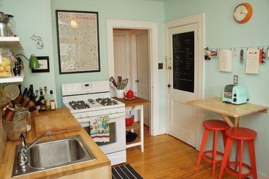 狭いキッチンは収納力で勝負 海外の素敵な実例8選 狭いキッチン