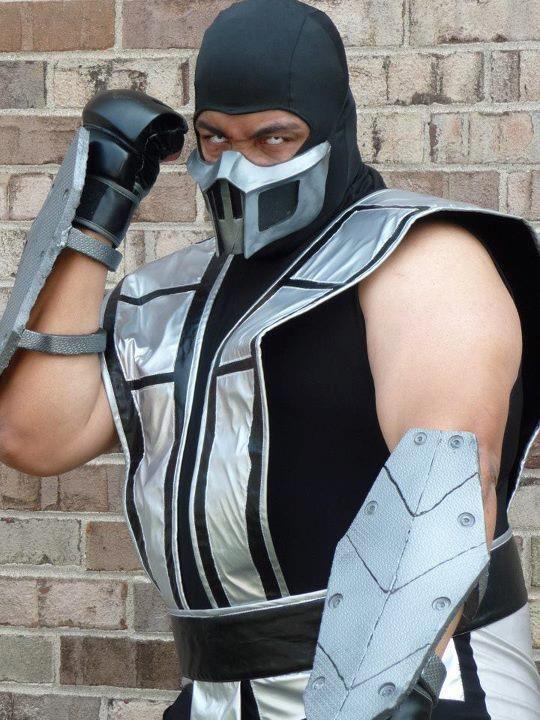 eric moran cosplay mortal combat smokejpg 540 - Mortal Kombat Smoke Halloween Costume
