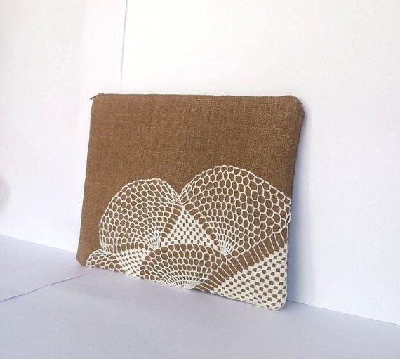 Wet sand beige (bronze) linen & vintage doily zipper clutch, bridesmaids gift bag, rustic wedding, hippie beach wedding, cosmetic pouch