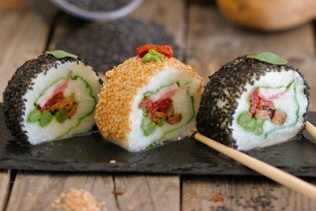 Foto de la receta de sushi de patata y verduras