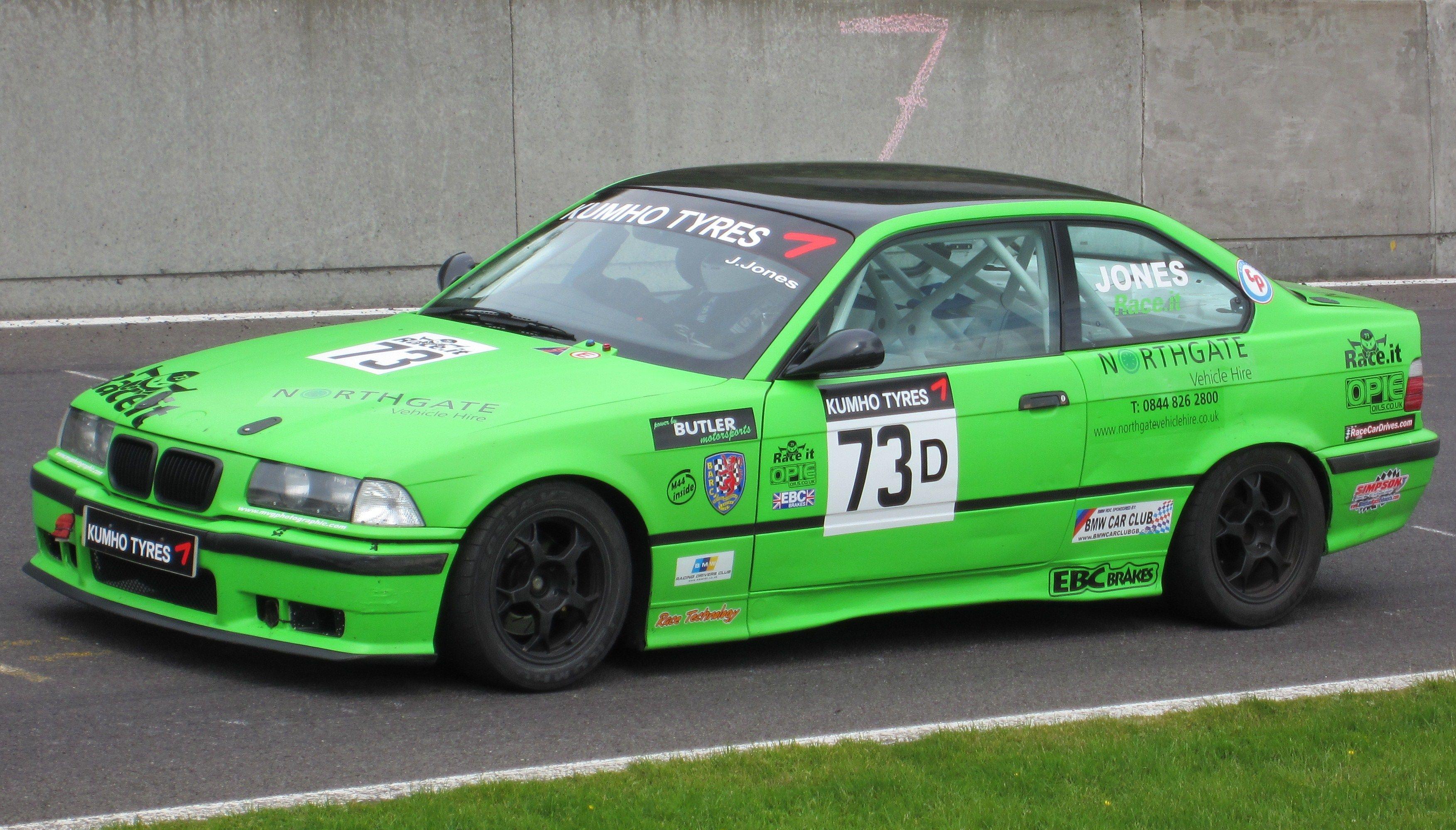 BMW 318is (D)  (CP)