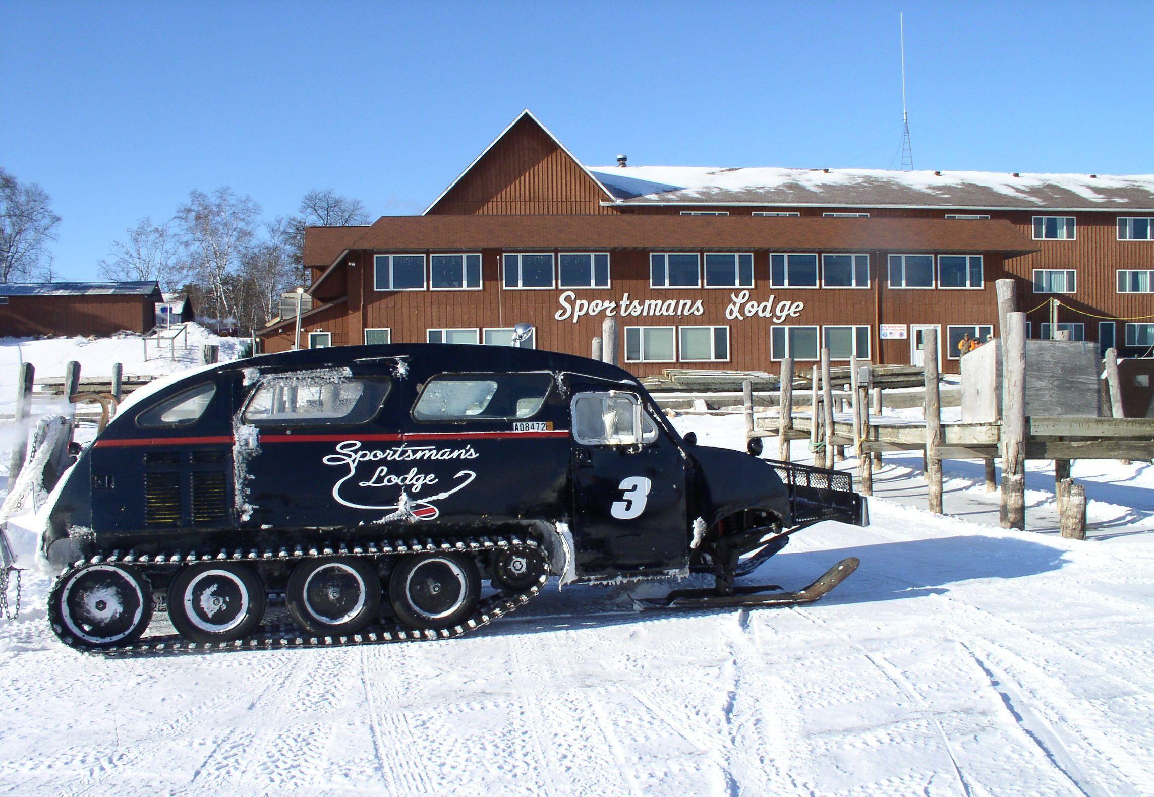 Sportsman 39 s lodge baudette mn ice fishing pinterest for Minnesota fishing cabins
