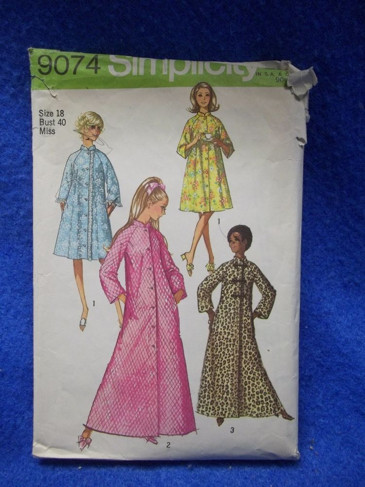 VTG Simplicity Women ROBE HOUSECOAT Sewing Pattern 9074