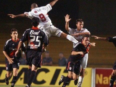 d23f5e52e98 A rivalidade e os jogos marcantes de São Paulo e River Plate. Confira! -  SPFC.Net