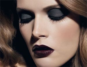 Chanel Lipstick In Rouge Noir Love The Vampy Lip For Fall Winter