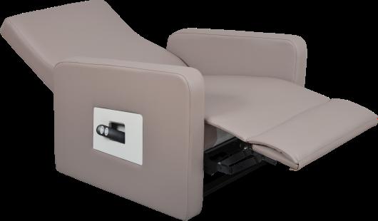 Nouveau fauteuil releveur YECLA XXL pour personne obèse, corpulante. Ce fauteuil releveur est doté de 3 moteurs pour chacune des fonctions, le mécanisme est robuste. Le poids d'utilisation maximal est de 330 kg. La largeur d'assise est de 73 cm. Le revêtement est en similicuir imperméable et retardant au feu (classe CF). Ce fauteuil releveur YECLA offre tout le confort nécessaire à un maintien d'autonomie au quotidien à la maison ou en collectivité, toujours avec une assise sans effort