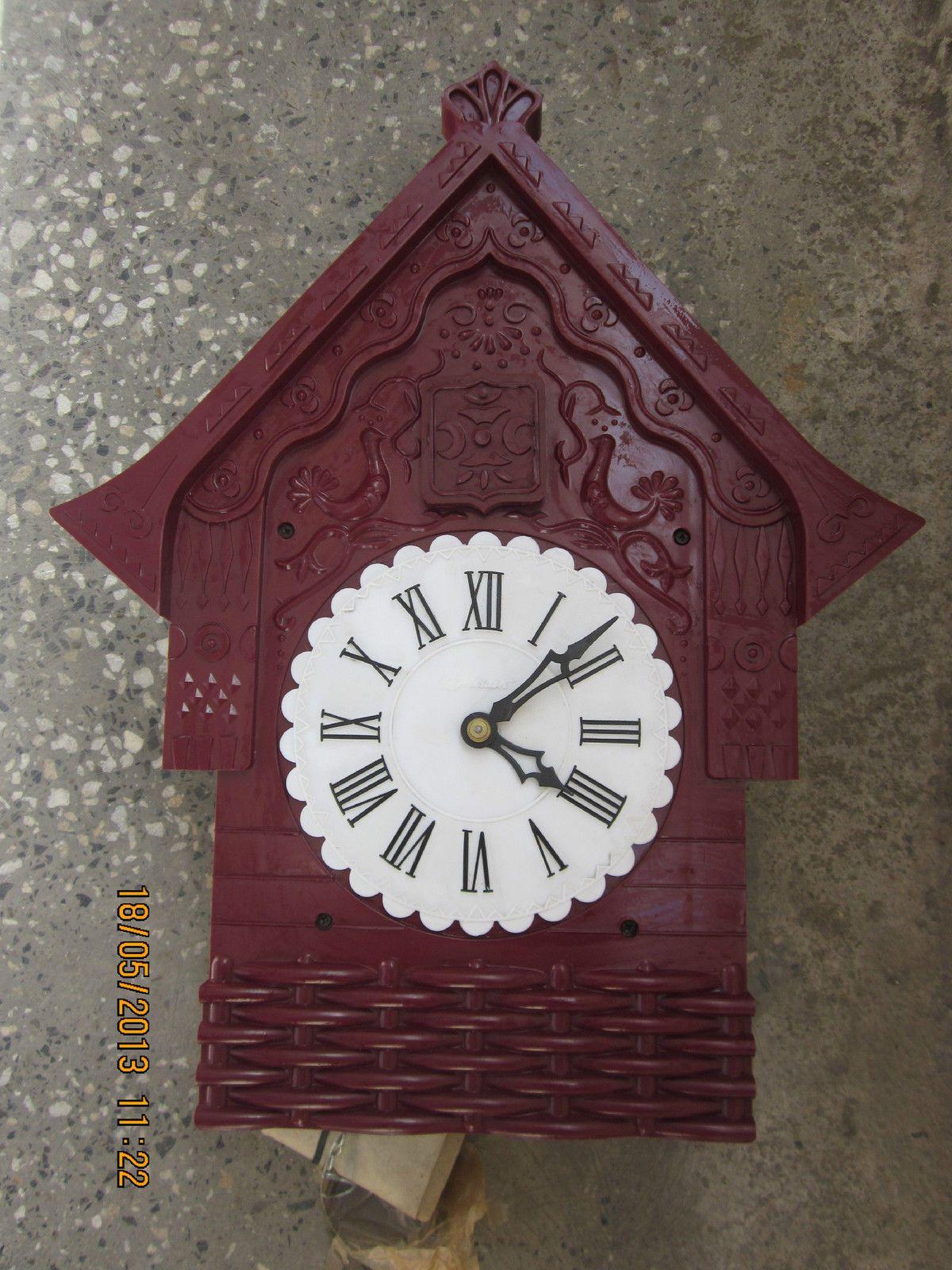 Vintage bakelite russian ussr cuckoo clock majak soviet union vintage bakelite russian ussr cuckoo clock majak soviet union amipublicfo Images