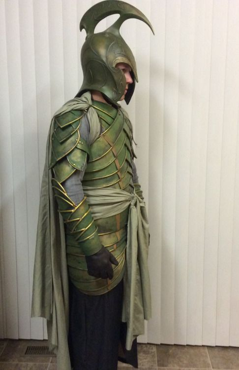 aicosu : dog-of-ulthar : If you don't need to do much complex shaping, and you want something more durable than craft foam but way cheaper than leather, this armor is made out of linoleum wtf this is fuckin magic