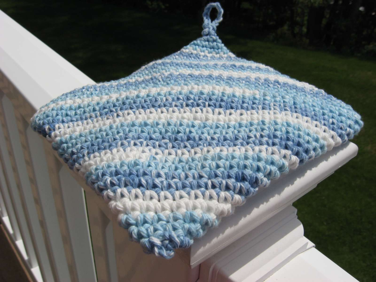 Diagonal double thickness crocheted cotton hotpad