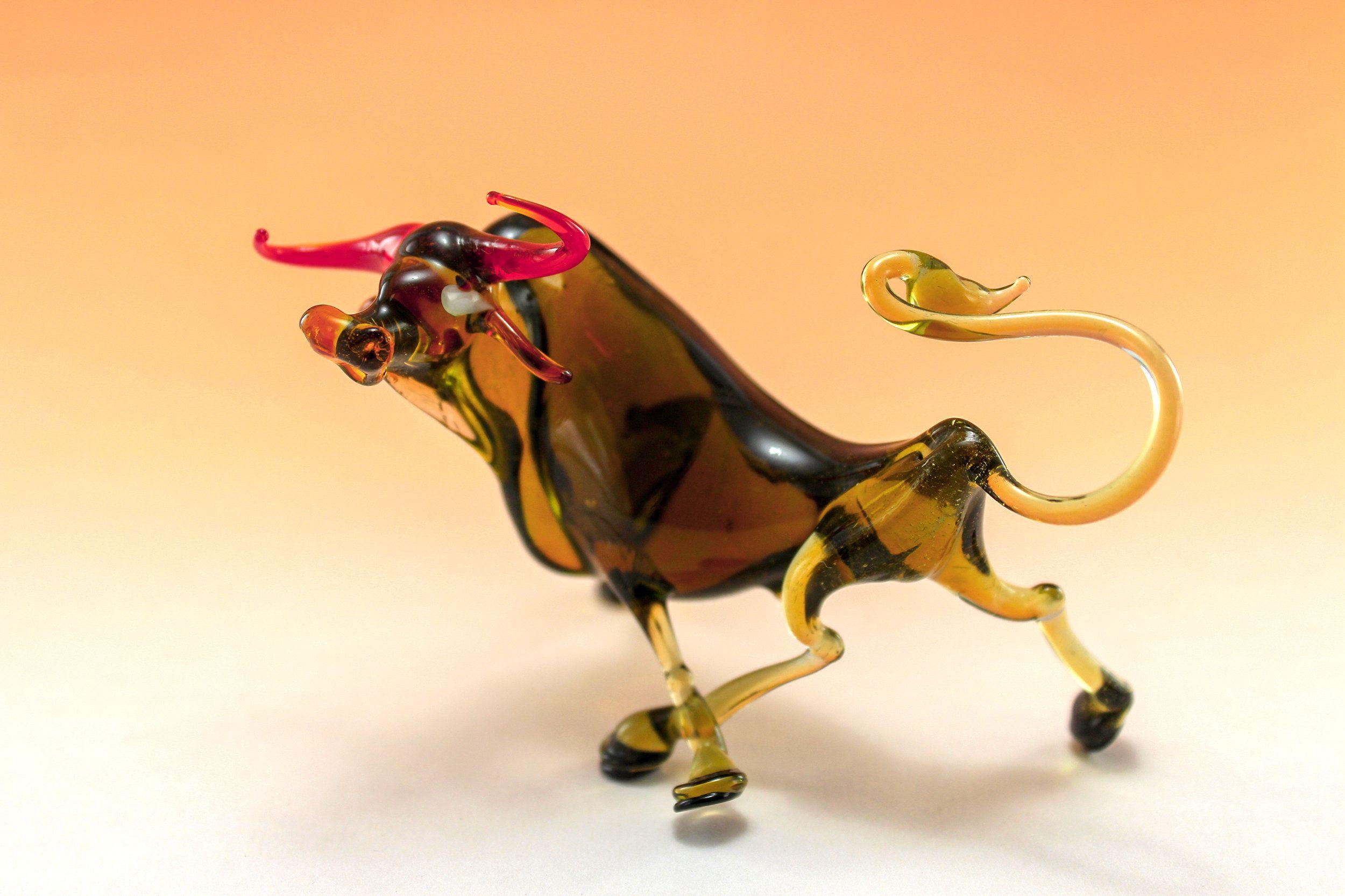 Art glass Glass animals Bull figurine