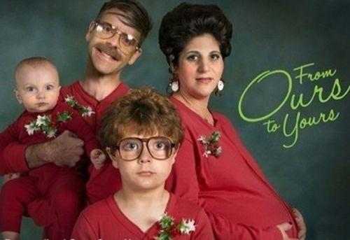 Weird Family Christmas Photos 1