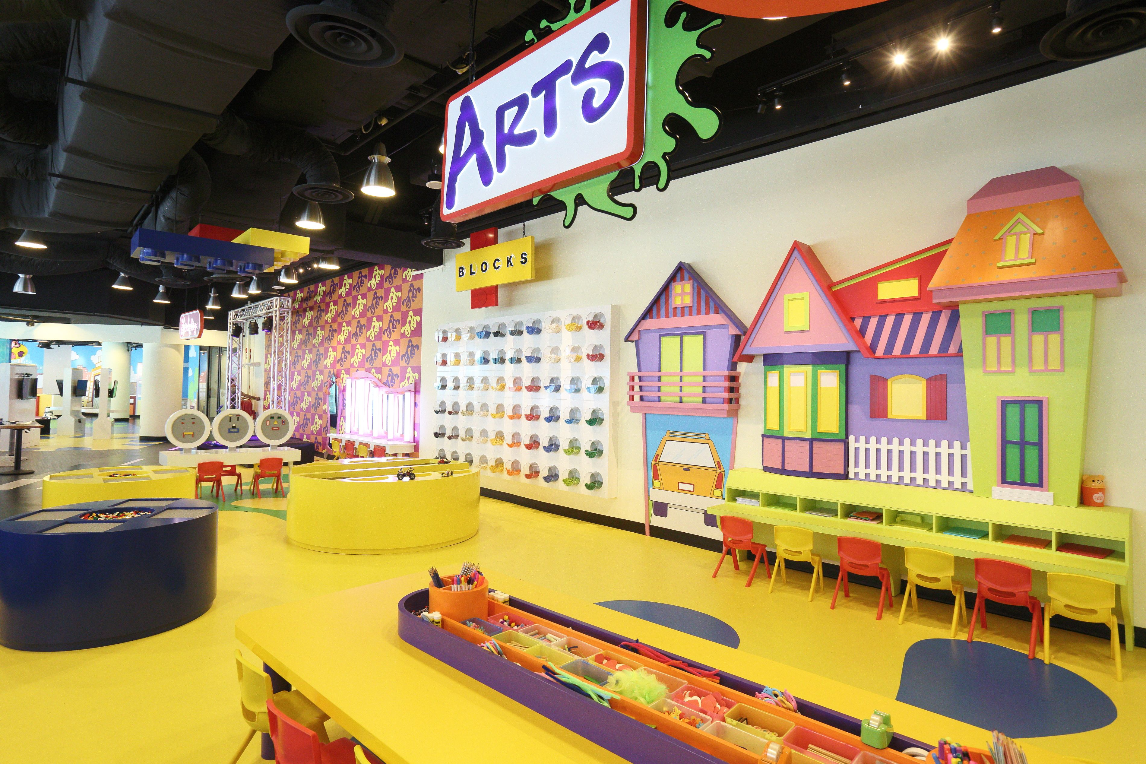 Family Dining Kids Parties Birthday Party Places Best Indoor