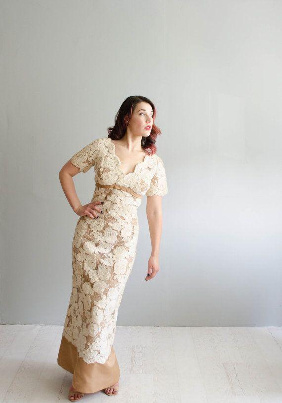 1960s Lace Wedding Dress  Vintage 60s Wedding by concettascloset