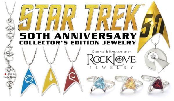 Star Trek Collectable Key Rings /& Pin Badges Vintage Dead Stock