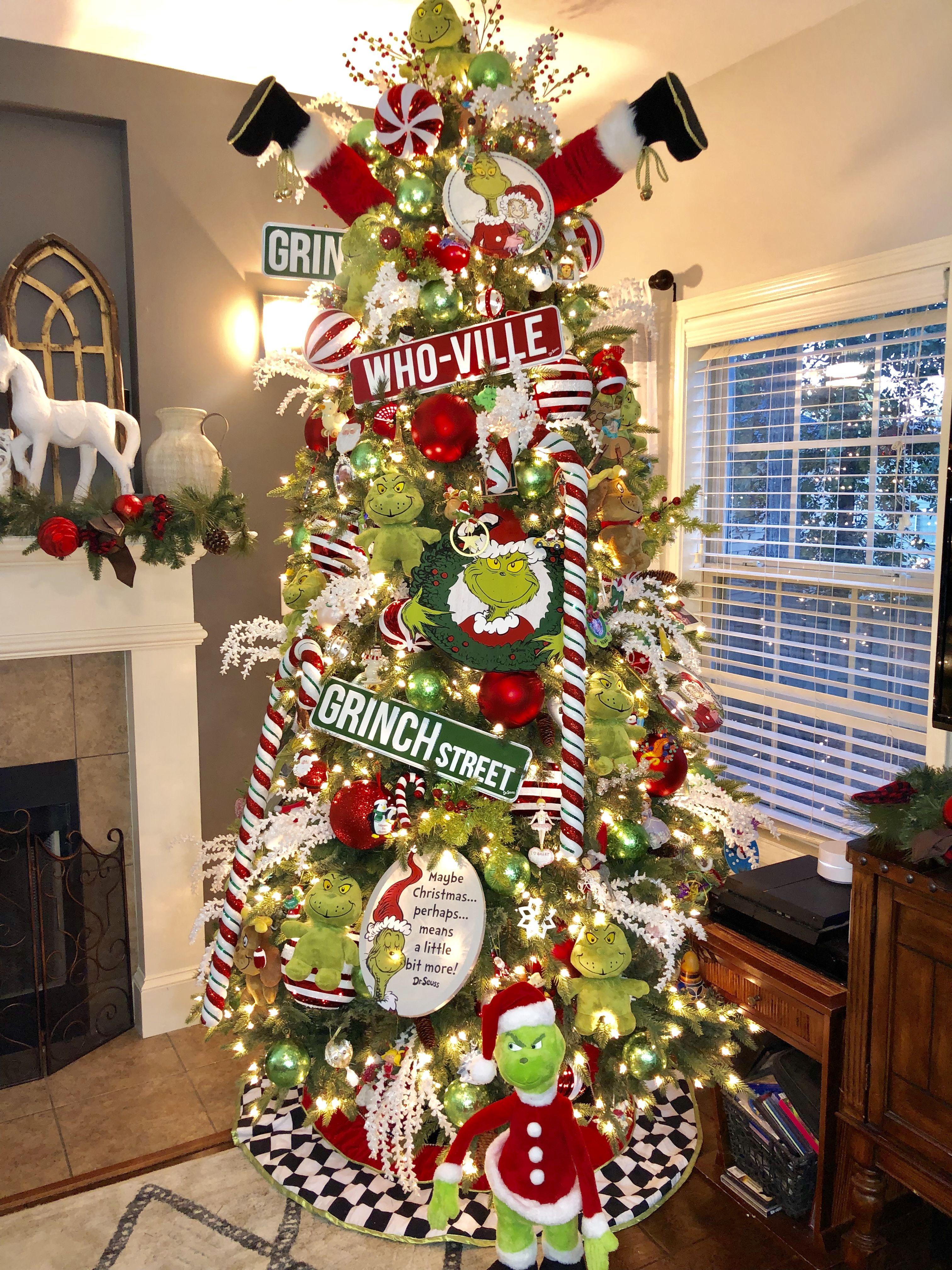 Grinch Christmas Tree Grinch Christmas Tree Christmas Tree Inspiration Grinch Christmas Decorations