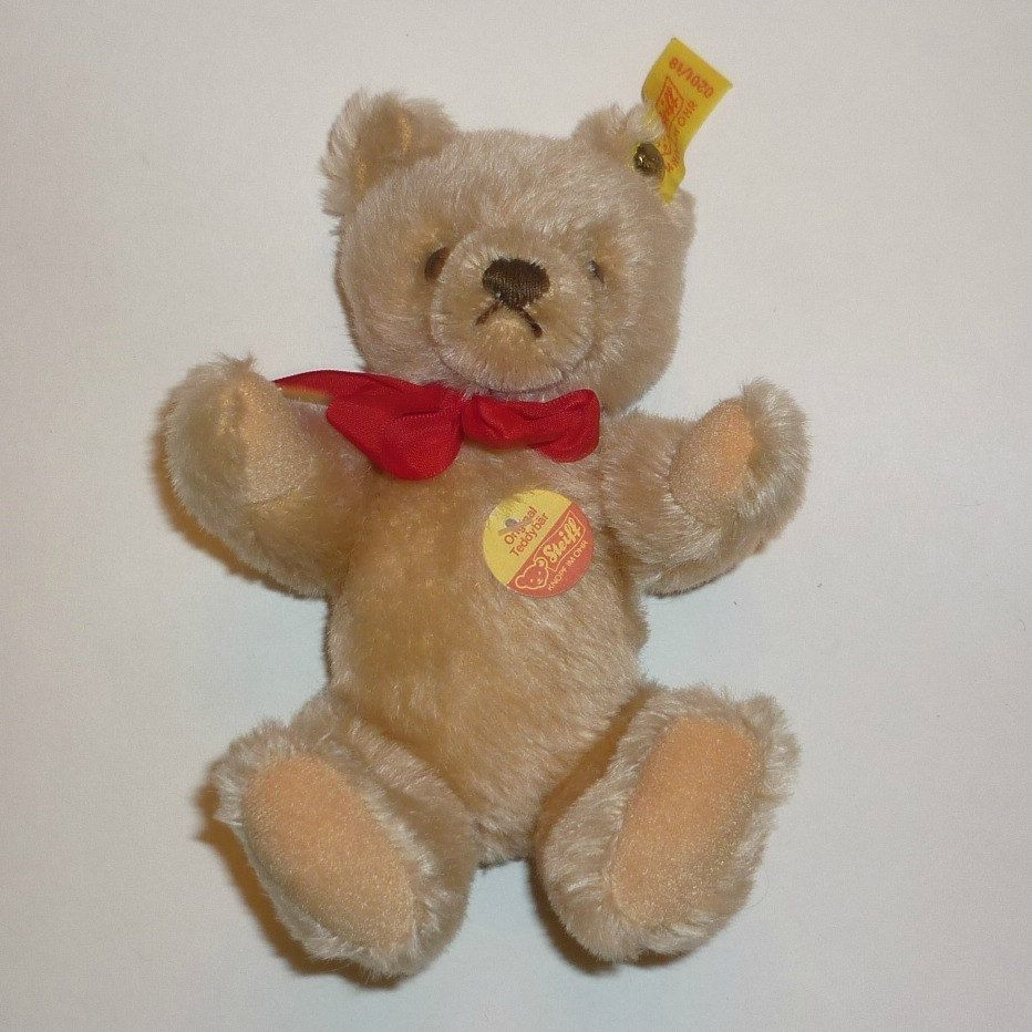 1980's Steiff Teddy Bear - Ear Button and Tags 0201/18 - 7 1/4 Inches Tall - Mohair by DolllightedToMeetYou on Etsy  #dolllighted #gotvintage #unitedsellers