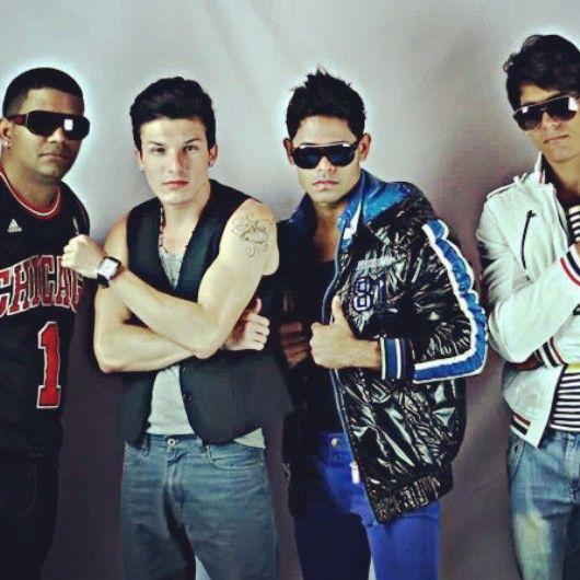 Babi Alex Y Su Fusion Latina (bachata , Merengue Hip Hop
