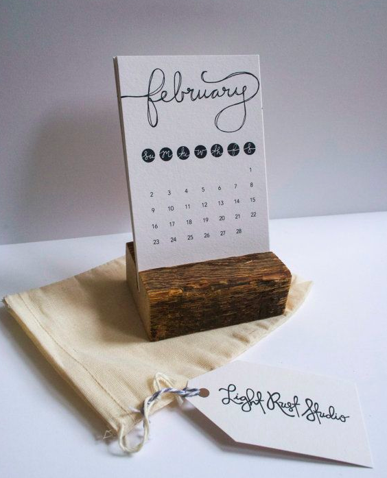 Small Table Calendar 4