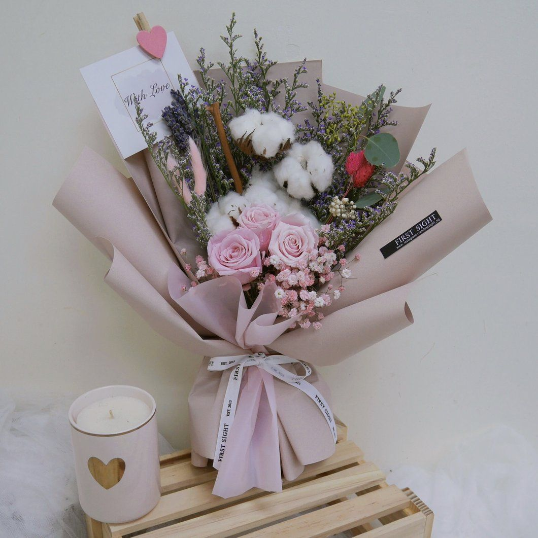 First Sight Singapore Valentines Day Bouquet Floral Pinterest