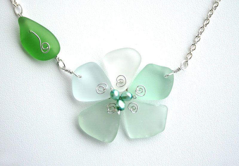 Sea glass flower with mini pearls in the center. sweet!