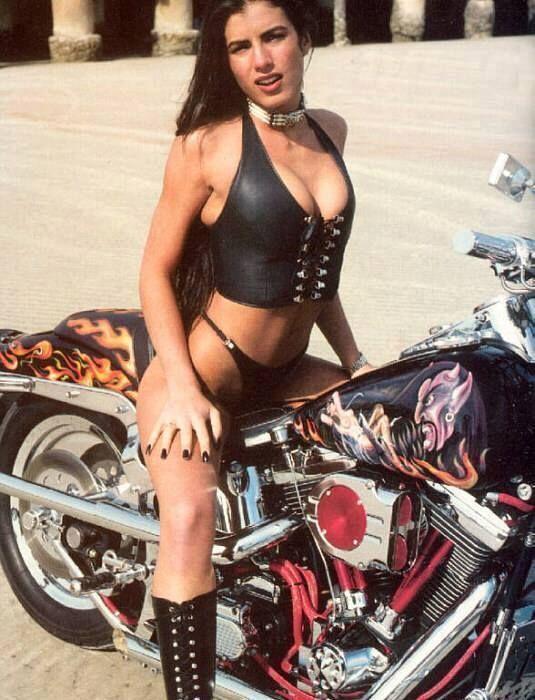 Pin On Biker Babes