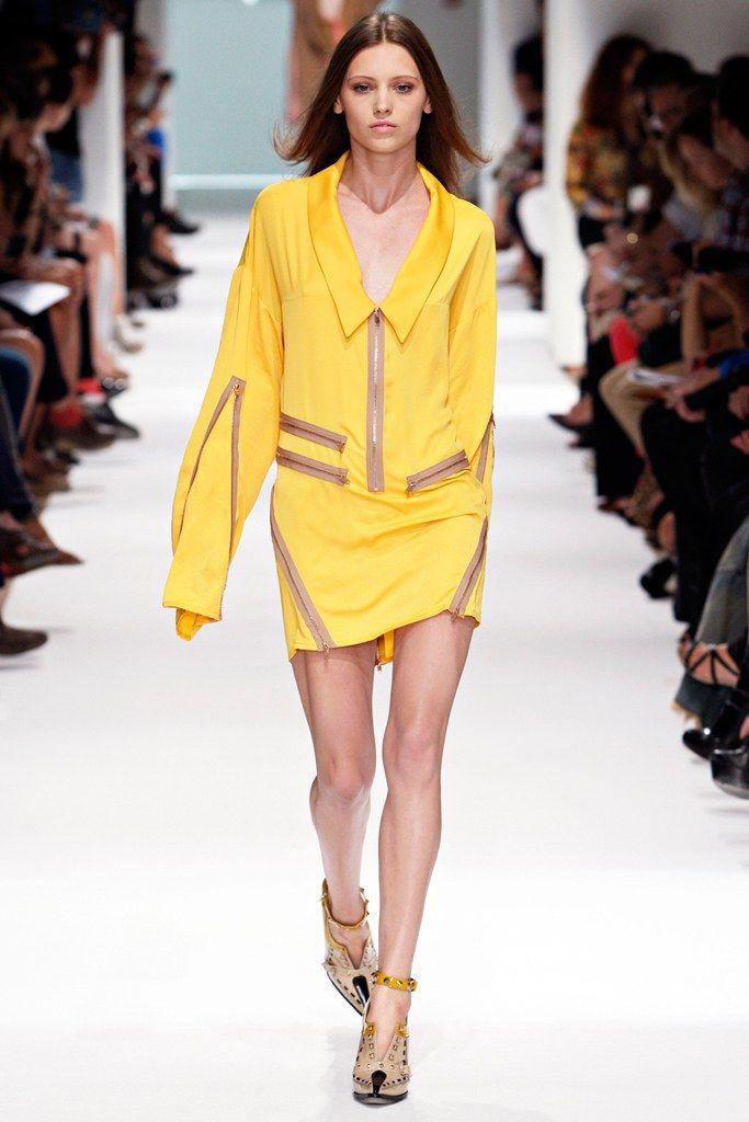 Felipe Oliveira Baptista Spring 2012 Ready-to-Wear Fashion Show - Mila Krasnoiarova (OUI)