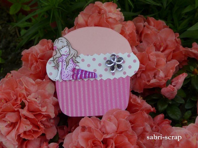Carte cupcake 2  http://www.sabri-scrap.over-blog.com