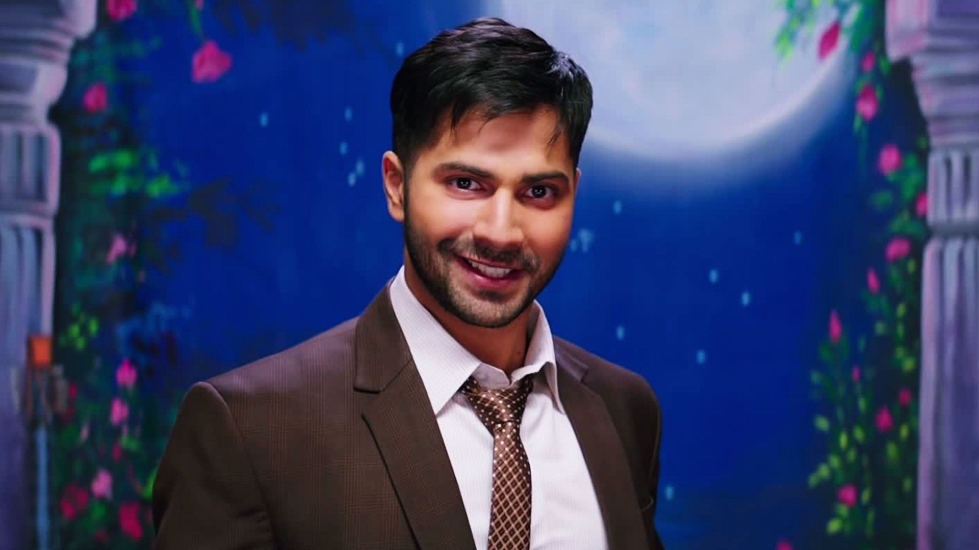 Varun Dhawan Wallpapers High Resolution and Quality Download