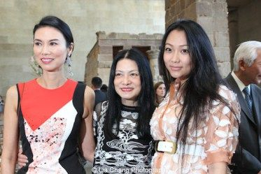 Wendi Murdoch, Vivienne Tam and Veronica Chou_Photo by Lia Chang 208