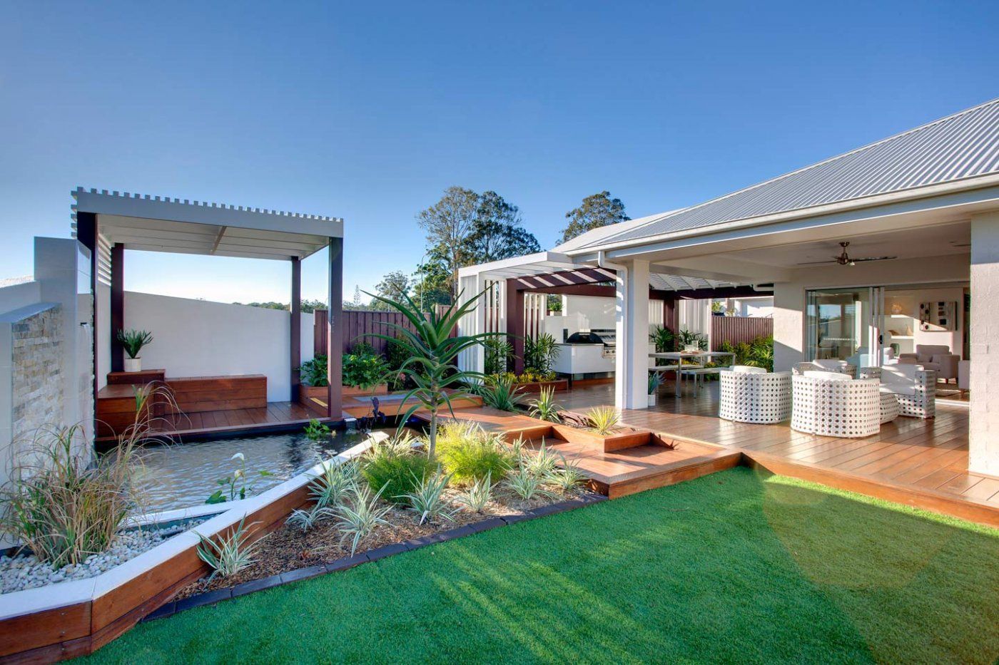 Portobello mcdonald jones homes house ideas mcdonald jones homes home backyard for Portobello outdoor swimming pool